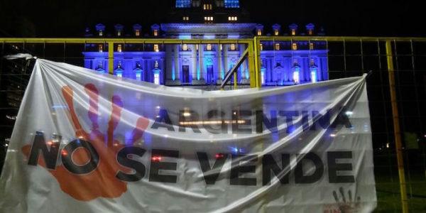 protesta-mini-davos-680x365
