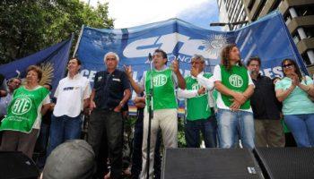 Contra el ajuste y los topes salariales, la CTA Autónoma marchó al Ministerio de Trabajo y al Palacio Pizzurno